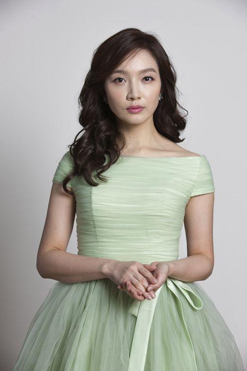 عکس های لی مین یانگ بازیگرسریال خانواده کیمچی