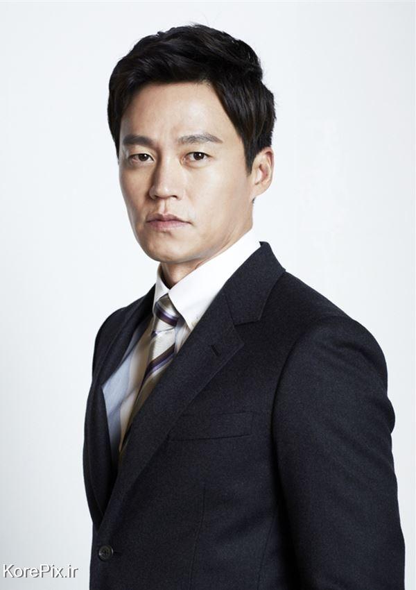 لی سئو جین در نقش های ایسان و گی بک