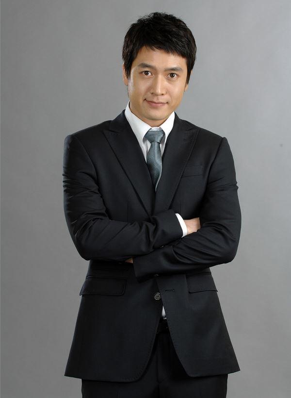 بیوگرافی جو هیون جائه Jo Hyun Jae در سریال دختر امپراطور